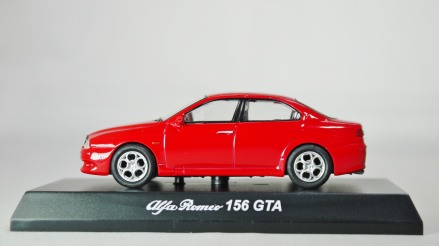 Kyosho Alfa Romeo Minicar 2 Alfa Romeo 156 GTA RED 01